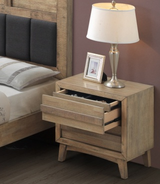 Noční stolek ALPENHOF - masiv dub