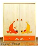 Dětská dřevěná skříň kombinovaná