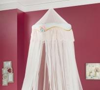 Nebesa nad postel Rachel - bílá/mintová