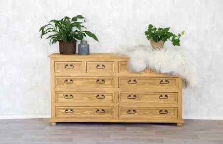 Šuplíková dřevěná komoda COM 04