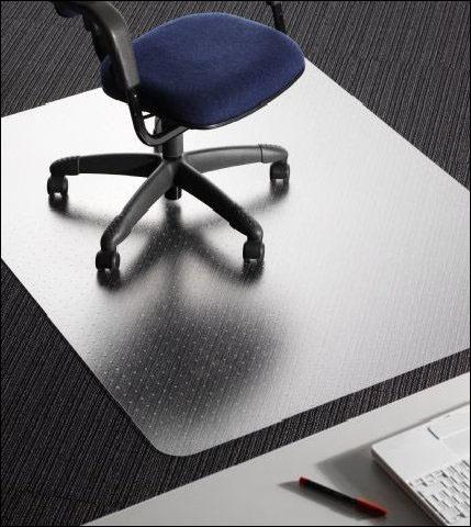Podložka na ochranu podlahy nebo koberce