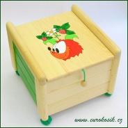 Dřevěný box na hračky s víkem Ježek