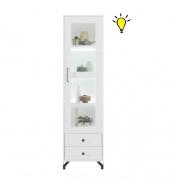 Úzká vitrína Bjorn s osvětlením, skandinávský styl - bílá
