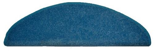 koberec na schody světle modrý